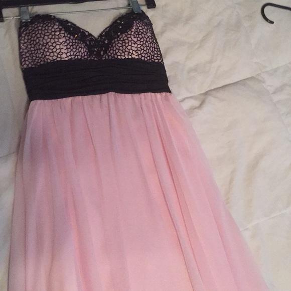 Prom Dresses at Peaches